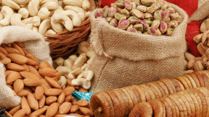 Dried-Fruits-and-Nuts-are-good-for-baby-Diet