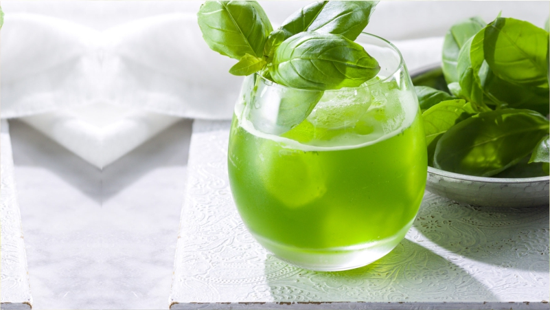 Take-Basil-leaves-juice-will-Provide-Your-Child-Enough-Relief-in-Fever